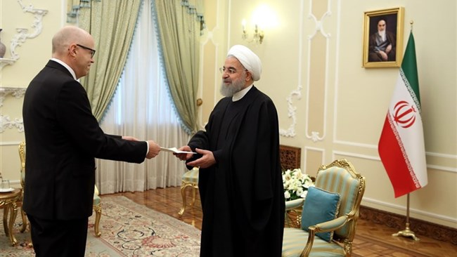 Iranian President Hassan Rouhani highlighted the good grounds for investment in Iran, calling on the Finnish investors to take the opportunity and work with the Iranian private sector.