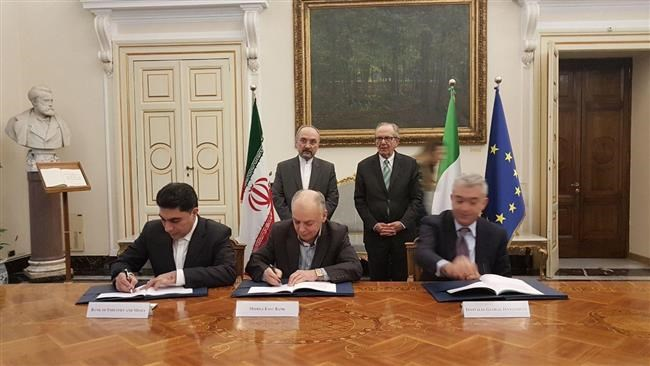 Iran and Italy have signed a major framework credit agreement which will be used to provide funds for development and industrial projects in the Islamic Republic.