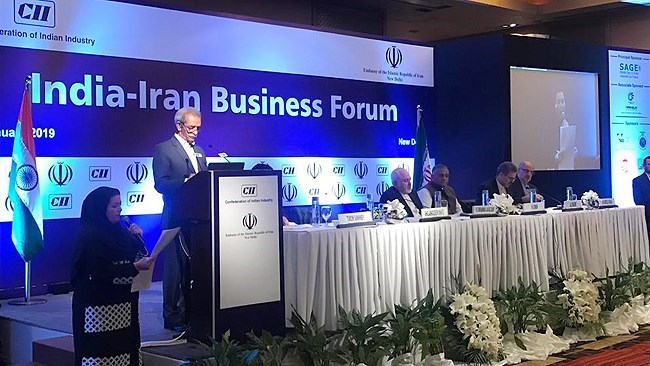 Iran Chamber of Commerce President Shafei is leading a delegation of 30 businessmen in a 3-day visit to India accompanying Foreign Minsiter Mohammad Javad Zarif. Banking relations and Chabahar Port investment are high on the agenda.