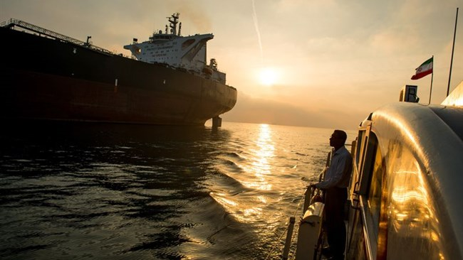 Turkey has resumed imports of Iranian crude oil after a one-month hiatus in November when U.S. sanctions on Iran were reimposed, trading and shipping sources said.
