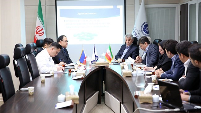Iran and the Philippines are keen on developing bilateral trade ties between the two countries in various sectors.
